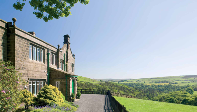Stunning 11-bedroom lodge in Brontë Country with spectacular views