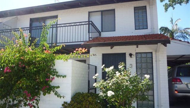 Comfortable and clean 3 bedroom fully furnished townhouse